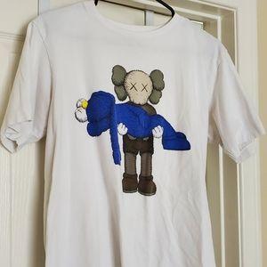 Uniqlo kaws shirt